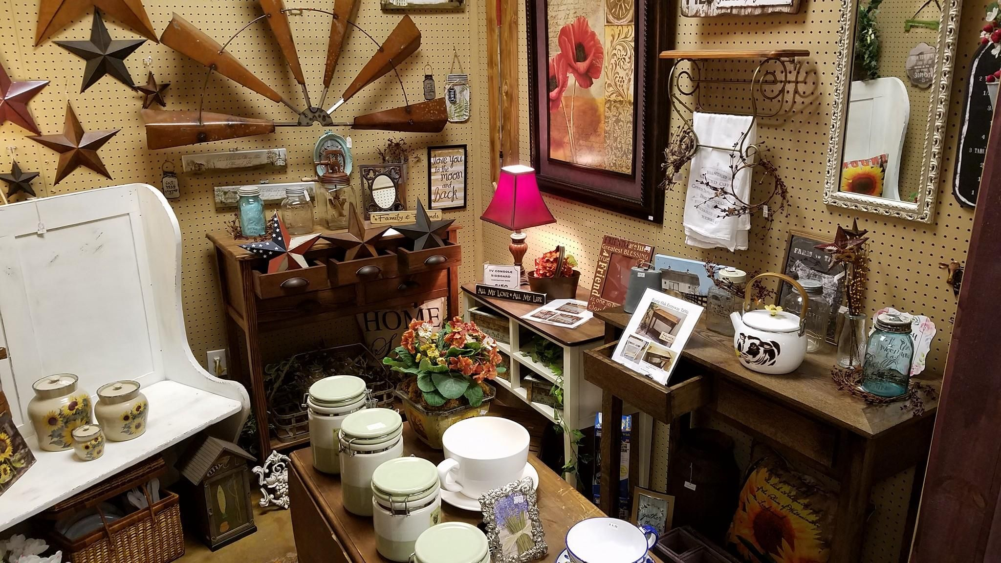 Whistle Stop Resale Shop Flea Market 4000 Square Feet Located At 206 Northeast Highway 60