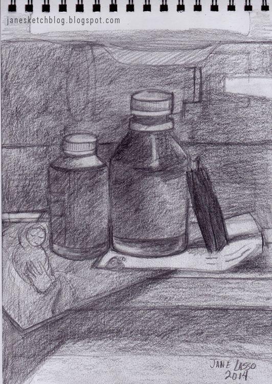 Dibujo a lápiz con objetos