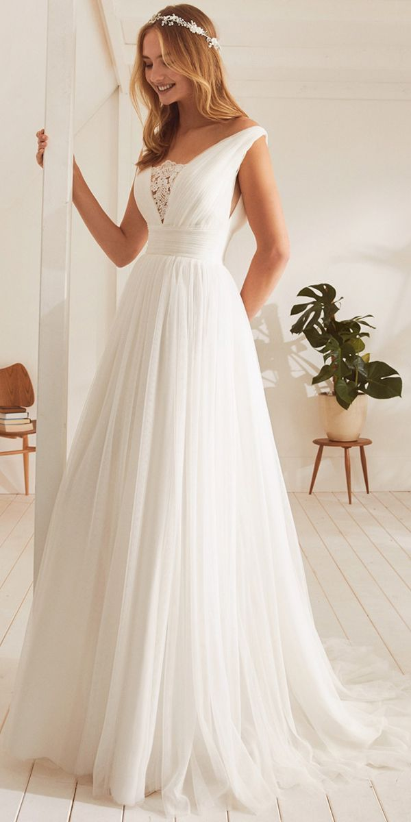 Fantastic Tulle V-neck Neckline A-line Wedding Dresses With Lace Appliques - #Al #spitzeapplique