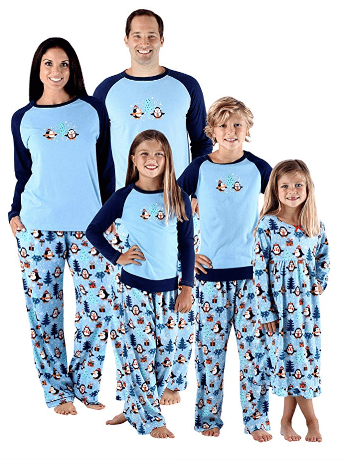 41ea3229df How adorable will your family look sitting down to breakfast wearing this  penguin matching Christmas pajama set  CLICK TO SEE MORE MATCHING FAMILY  CHRISTMAS ...