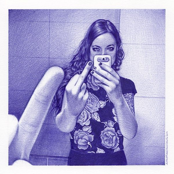 STRANGER THAN FICTION - Juan Francisco Casas is a spanish artist who creates stunningly realistic images with only the use of a Pen. His subjects in that case are young women takeing Selfies. From September 6 to October 4 you can check out his works at the Jonathan LeVine Gallery in New York.