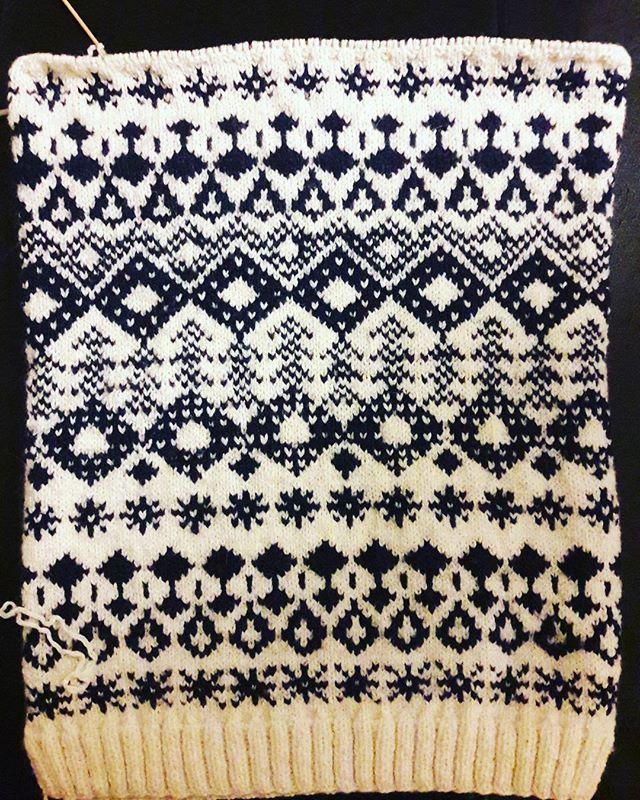 jacquard Animal print rug, Knitting