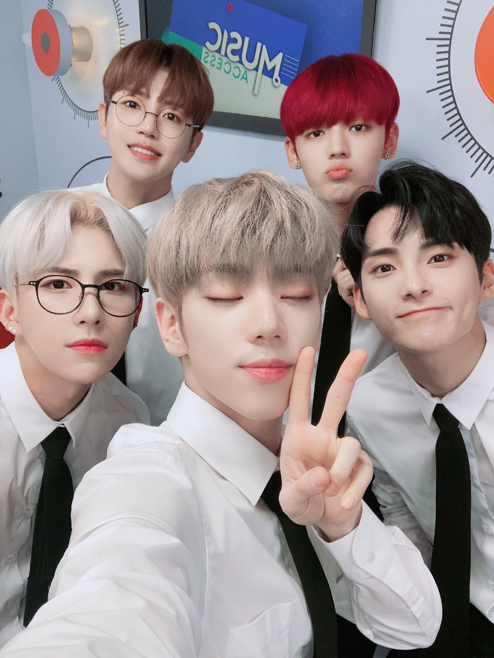 Official A C E On Twitter Ace Boy Groups Photo