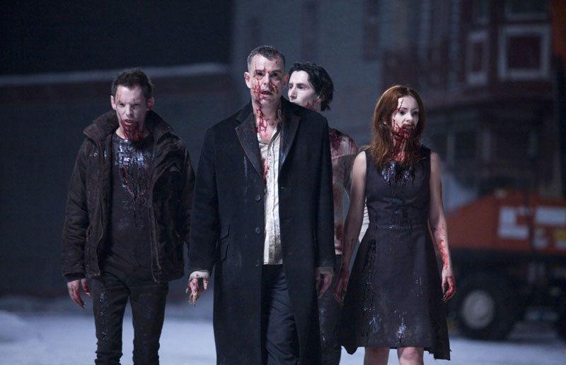 Friday Five Vampire Movies That Are Better Than Twilight 30 Days Of Night Best Vampire Movies Vampire Movies