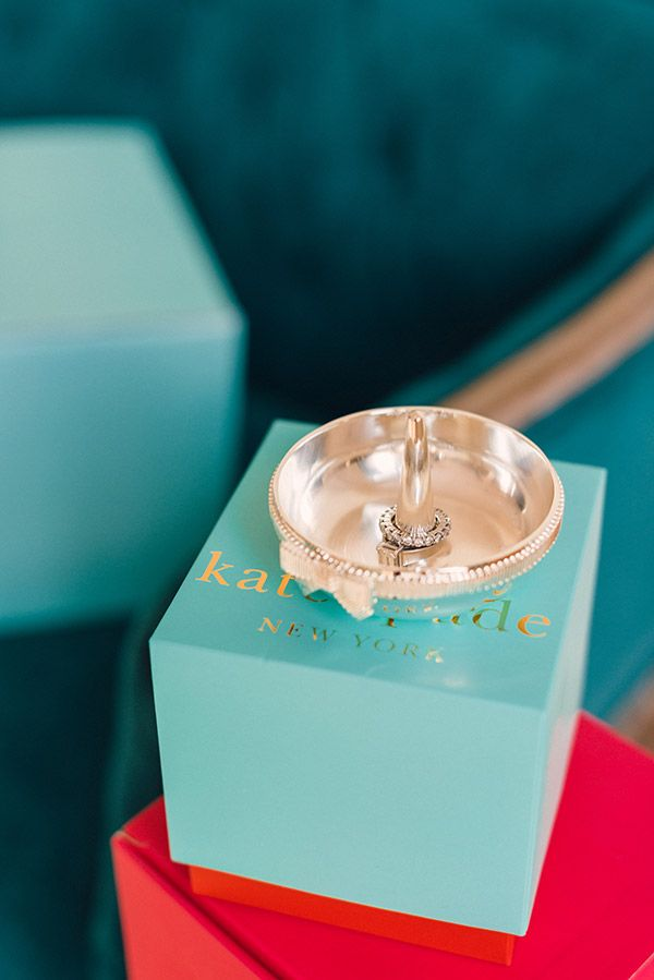 Kate Spade Ring Holder... In case someone wants to buy me a present.... How do you tag your husband ;)