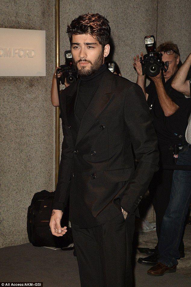 Zayn Malik soutient sa petite amie Gigi Hadid à la soirée Tom Ford NYFW   – zayn malik.