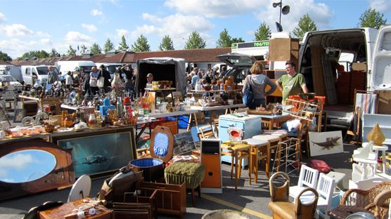 Sunbury Antiques Market Kempton
