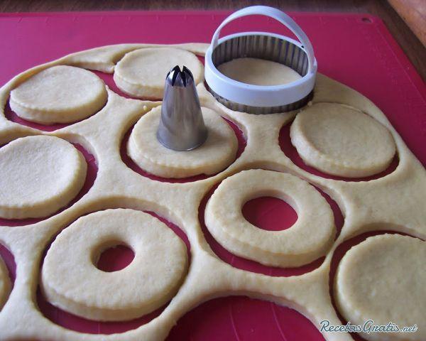 Masa Para Donas Esponjosas Y Deliciosas Receta Donas Receta Donas Fritas Recetas