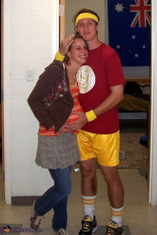 Juno and Bleeker Couple Costume Couple photos, Halloween costumes - halloween costumes ideas couples