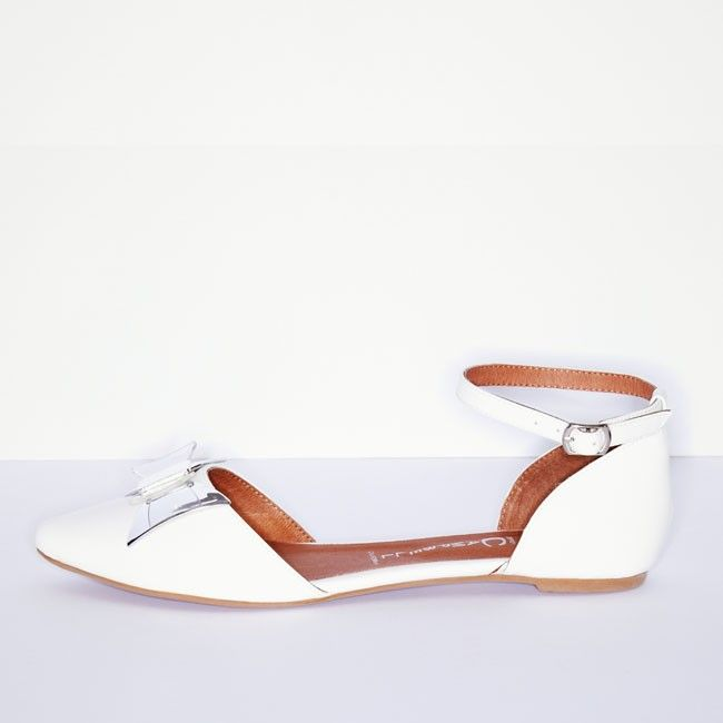 Lovin Bow - Cold Feet by Jeffrey Campbell