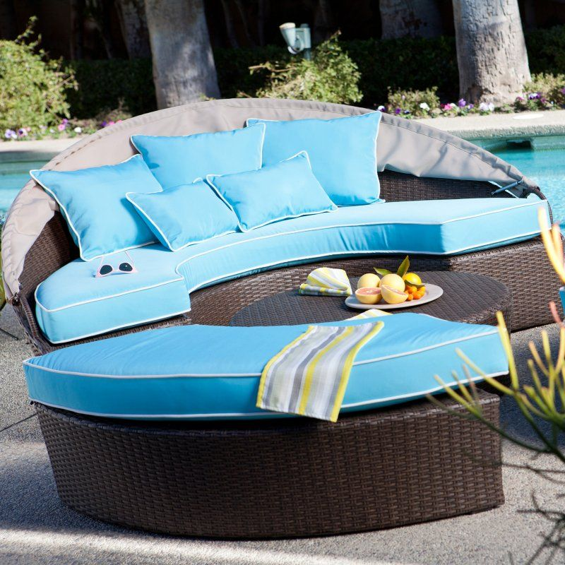 Rendezvous All Weather Wicker Sectional Daybed With Canopy 1599 98