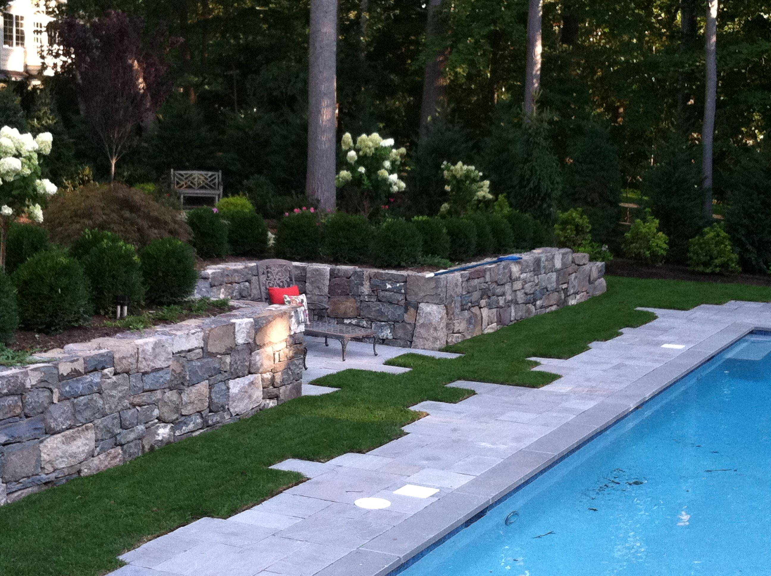 Retaining wall and pool patio pool pinterest for Pool design retaining wall