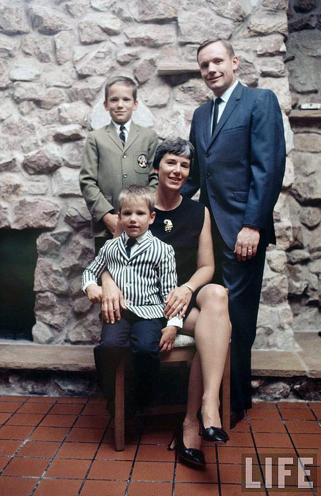 Apollo 11: The family of Neil Armstrong, Houston, July 7 ...