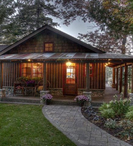 Wrap Around Porch With Corrugated Metal Roof That S The Look Cabins And Cottages House Exterior Log Homes