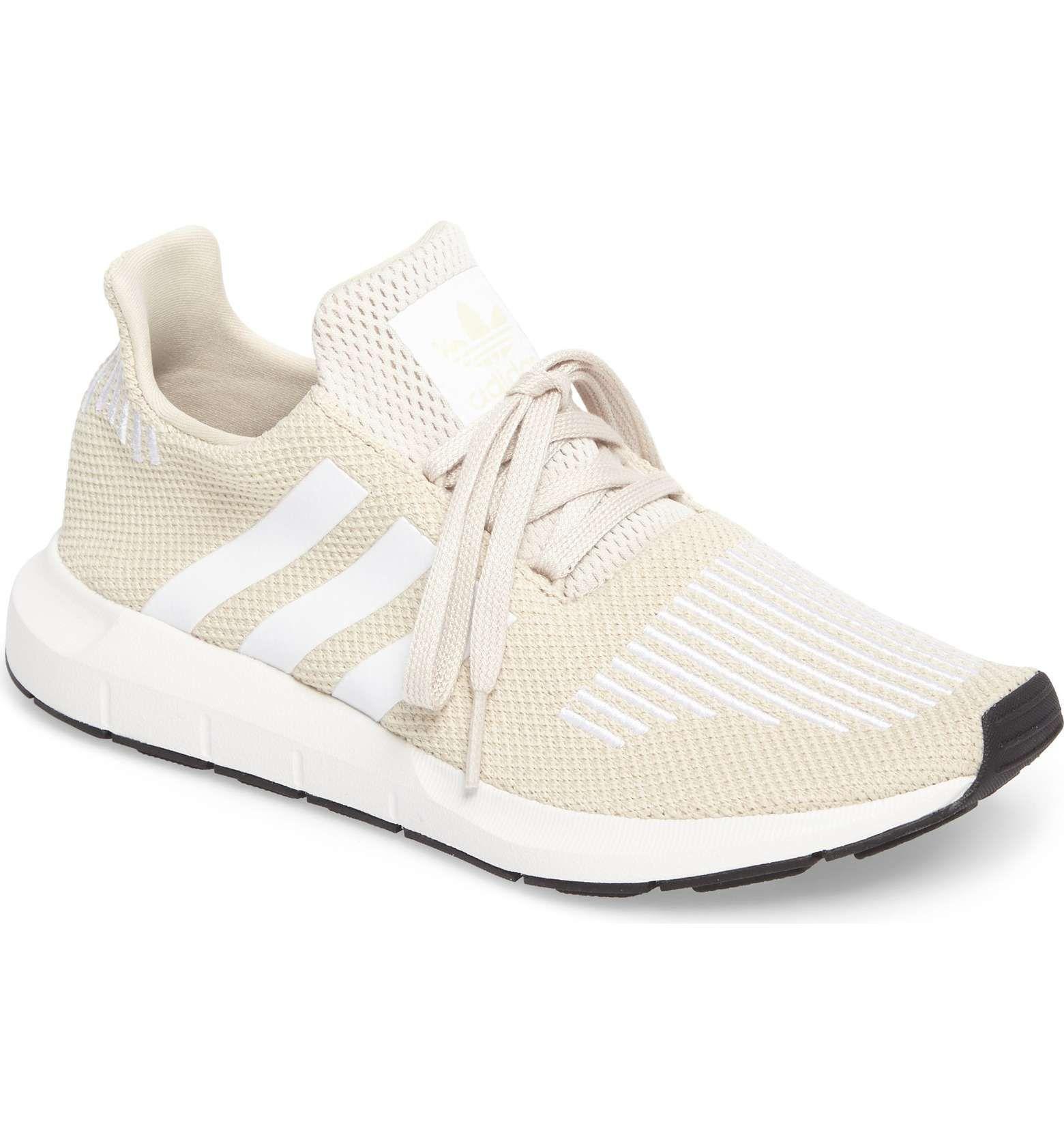 adidas swift run scarpa dimensioni: 7, colore chiaro marrone / bianco