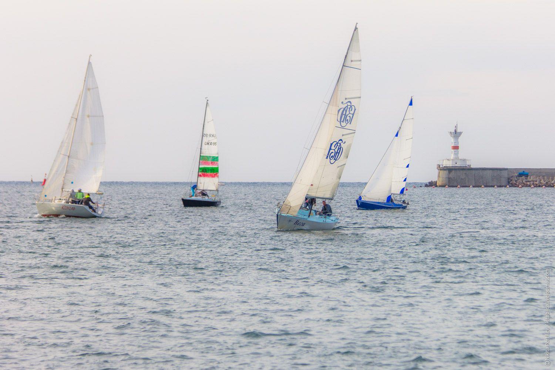 Фото - путешествия по миру: Вальс яхт в Севастопольской бухте (фоторепортаж)