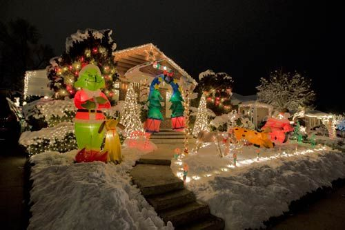 Thank You Everyone For Stopping By Throughout These 20 Day Christmas Light Displays Inflatable Christmas Decorations Outdoor Christmas Decorations For The Home