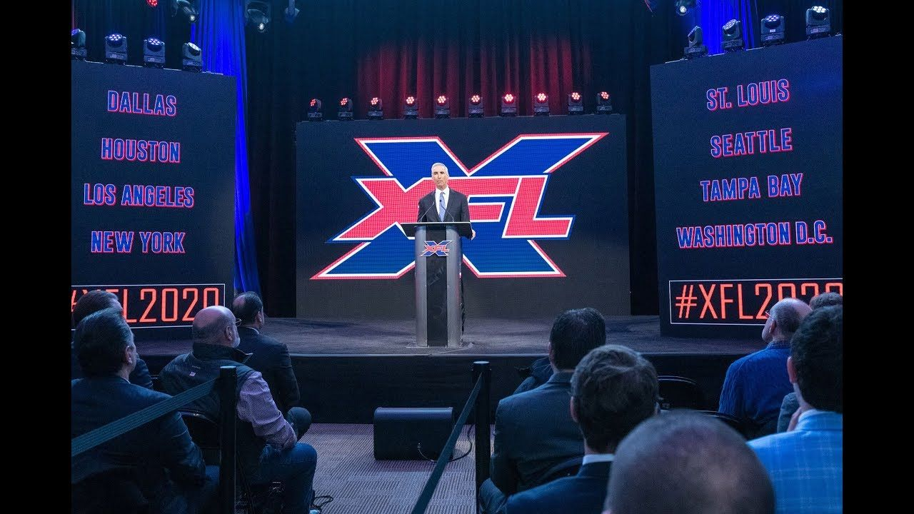 College Football Coaching Icon Bob Stoops To Coach In The Xfl Xfl Teams College Football Coaches College Football Playoff