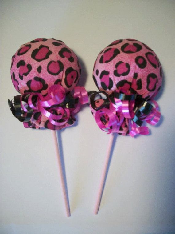 CHEETAH PURPLE BLACK GIRL SCRATCH MITTEN LOLLIPOPS  BABY SHOWER DIAPER CAKE
