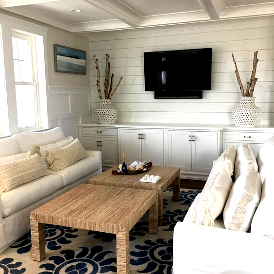 Love The Shiplap Accent Wall For Tv Surroundings Surround In 2020 Accent Walls In Living Room Shiplap Accent Wall New Living Room