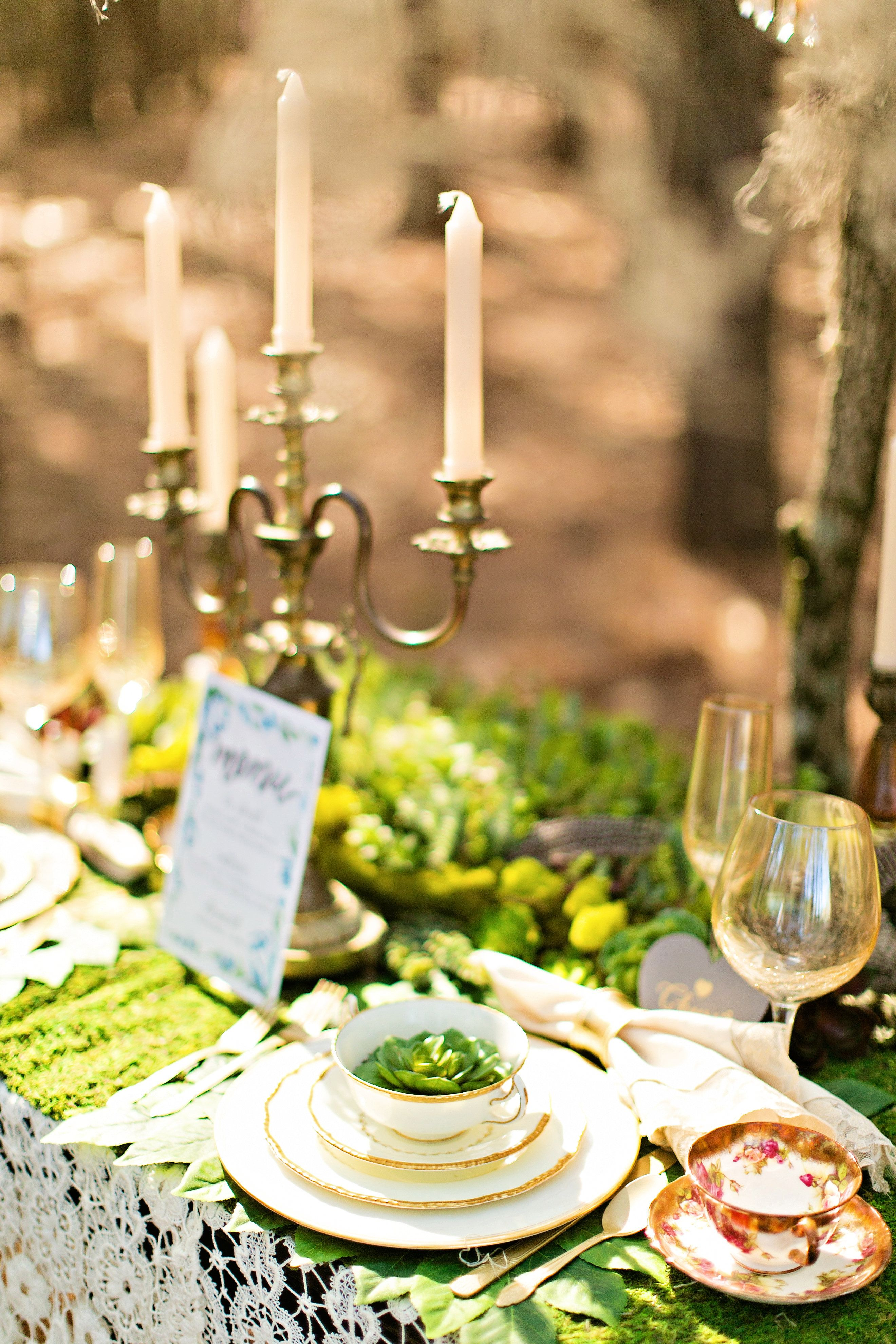 Pin by Marianne Hardey on Woodland Styled Photo shoot ...