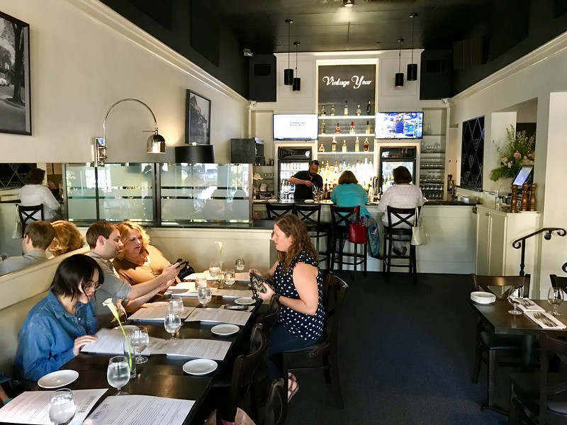 16 Great Places To Eat Or Drink In Montgomery Alabama Places To Eat Alabama Wine Montgomery Alabama
