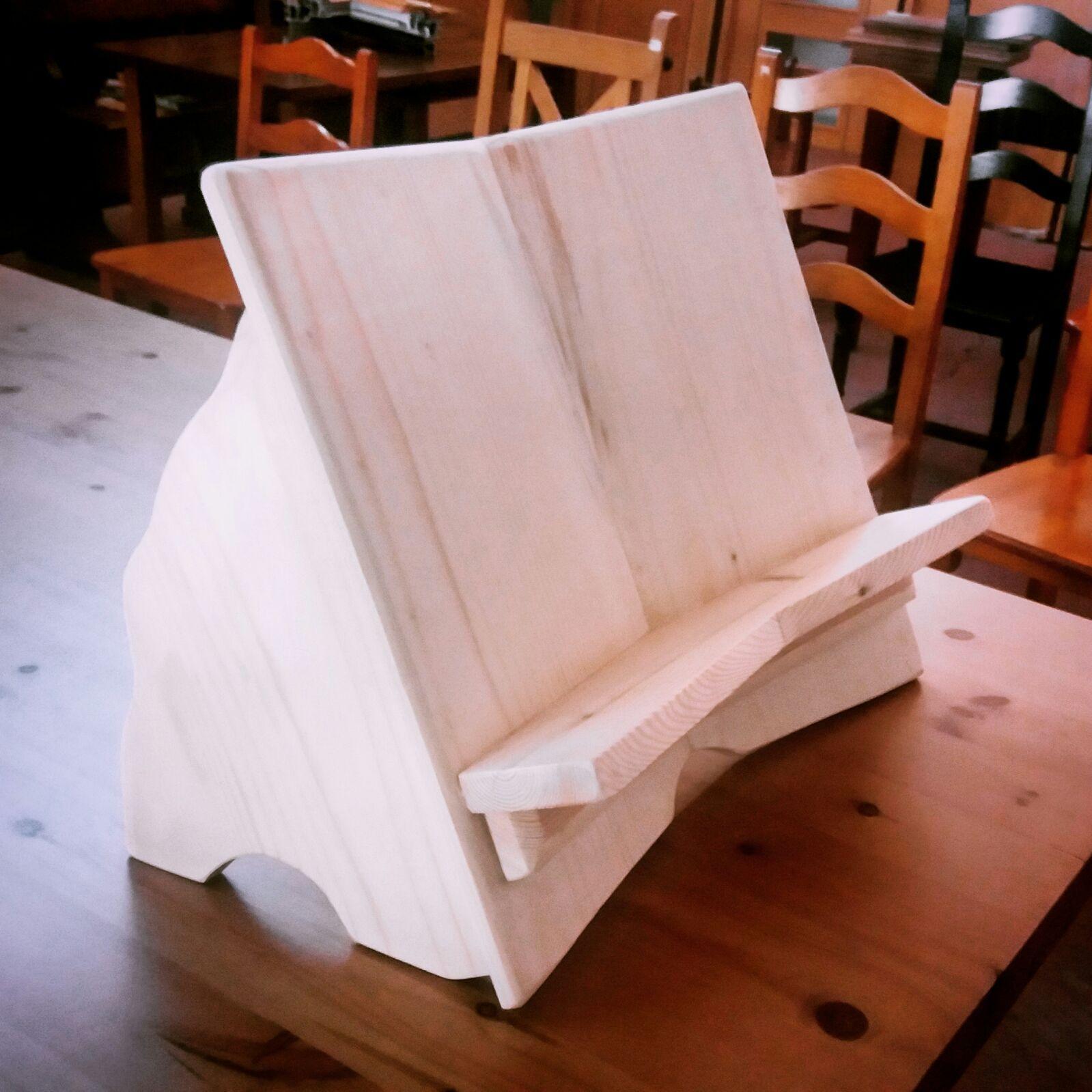 Atril de madera de pino, sin barnizar. www.carpinteriabacigalupe.com ...