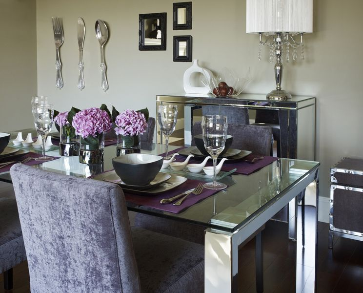 Katrine Dining Table 599 The Collection Combines Chrome And Glass For A Cool Sleek