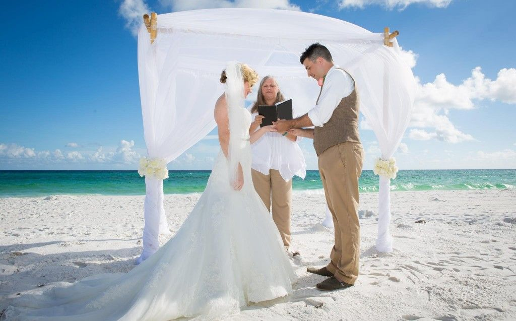 romantic destin wedding ceremony