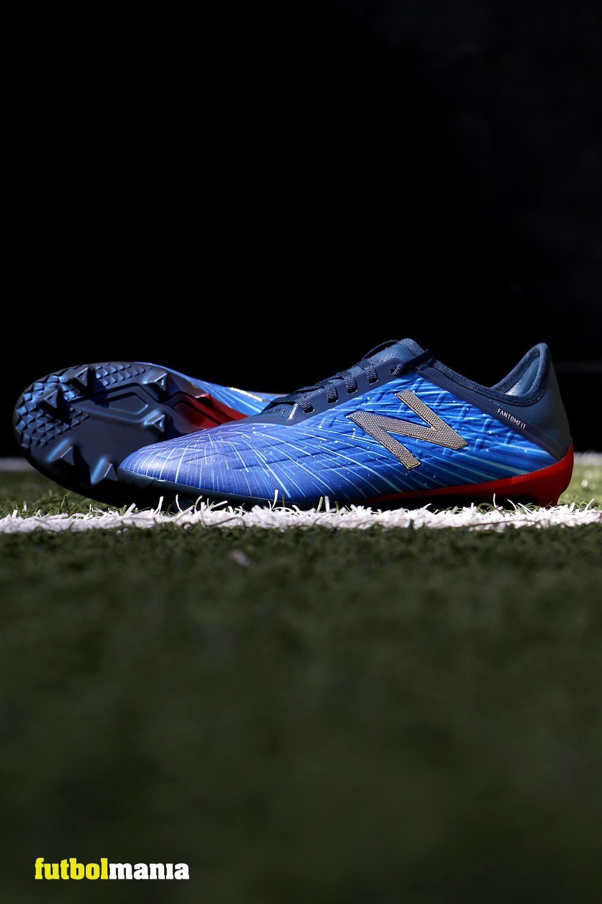 64935ea060285 Nuevas botas de fútbol con tacos New Balance Furon. 💥Edición limitada en  azul eléctrico