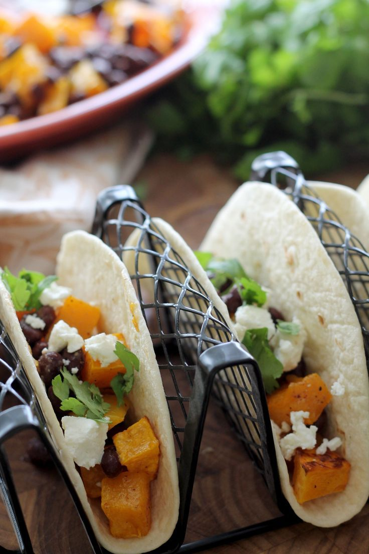Butternut Squash and Black Bean Tacos - you won't even miss the meat in this vegetarian dish! Full of great flavor!