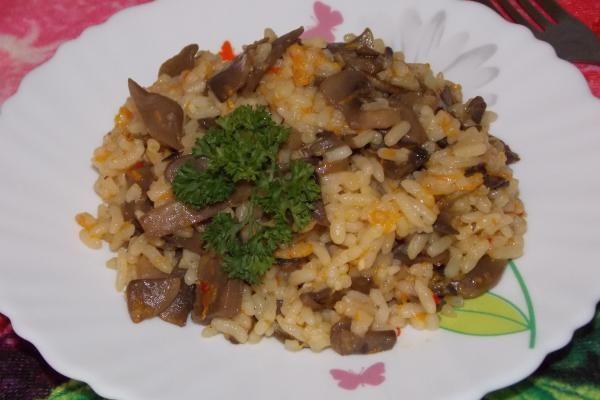 Плов з грибами - вегетаріанський варіант  #кулинария #рецепты #блюдо