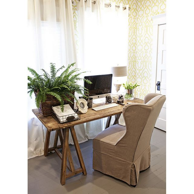 Work In Coziness 20 Farmhouse Home Office Décor Ideas: Rustic Desk......I Like The Idea Of Amy's Desk Having A
