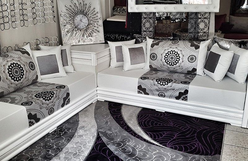 Salon marocain diamant blanc 2016 sous mimouni jardin for Modele de table de salon moderne