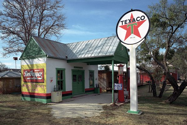Buffalo Gap Historic Village Attractions All Across Texas Texas Attractions Abilene Old Gas Stations