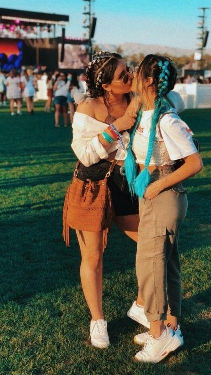 Kanpezu  mujeres solteras manos
