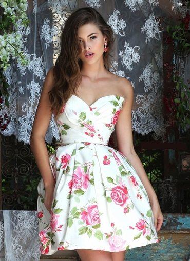 a12dd80799ed2 Mujer  Moda y Arte  Vestidos Cortos con Vuelo de Fiesta de Promoción 2016