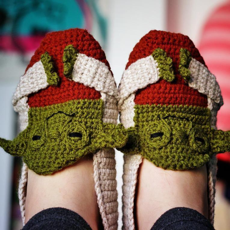 Star Wars Yoda Crochet Slippers   Chalecos mujer, Pantunflas y Tejido