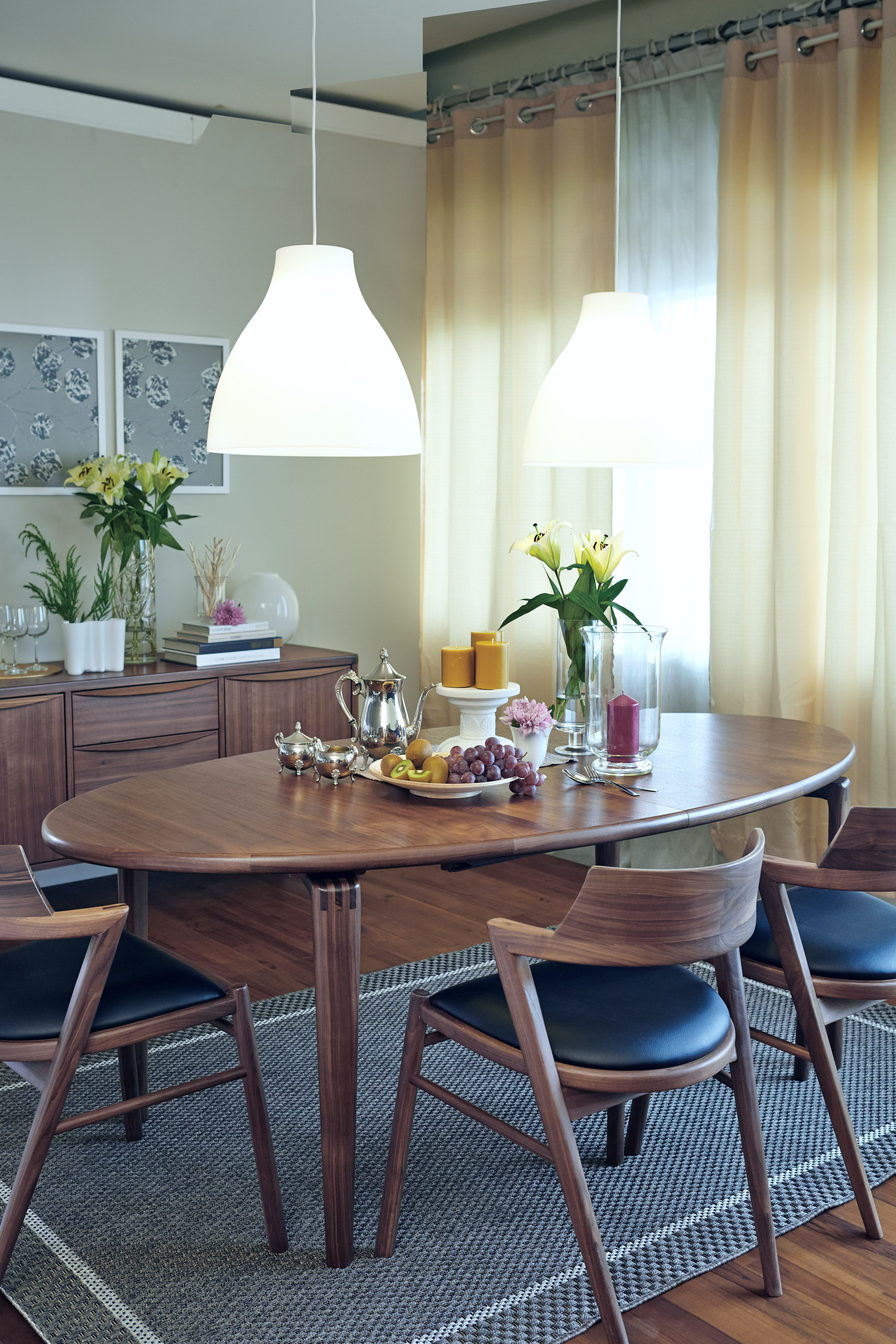 Jm203 House Of Denmark Luxury Dining Room Oval Table Dining Walnut Dining Chairs