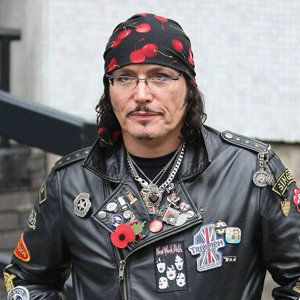 Adam ant gay