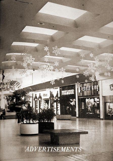 88b1f29d1 GR Retro: North Kent Mall | love | Grand rapids michigan, Mall, Mall ...