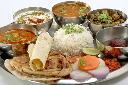 Oxford dictionary def for lunch time the time in the for Cuisine hindi meaning