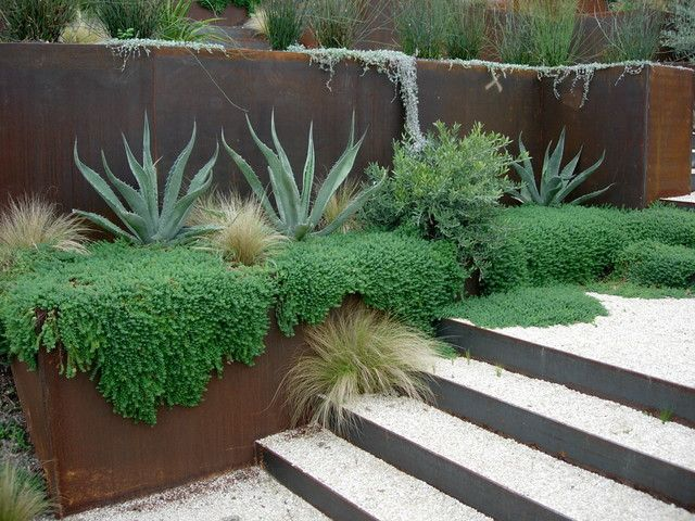 Modern Spaces Hillside Landscaping Design Pictures Remodel Decor And Ideas Backyard Landscaping Designs Modern Backyard Landscaping Low Water Gardening