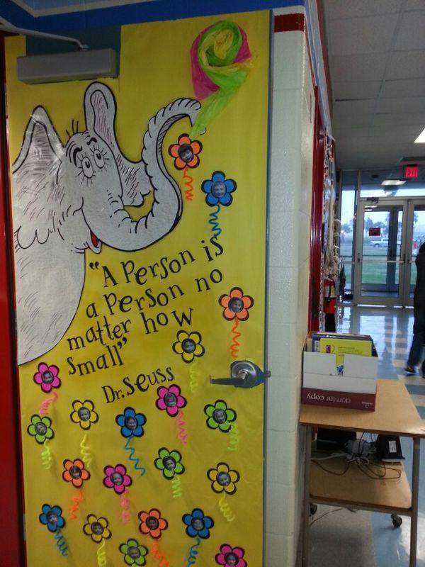 Dr. Seuss door decor | Design | Pinterest | Doors, Bulletin board ...