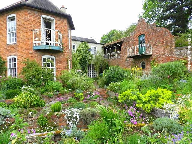 Stone house cottage in worcestershire a delight for cottage garden stone house cottage in worcestershire a delight for cottage garden enthusiasts workwithnaturefo