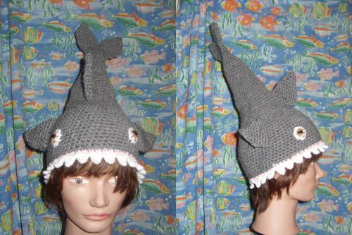 Shark hat Pattern! Materials ~gray yarn ~pink yarn ~white yarn ~some black  yarn and an eye color yarn ~I hook for adult size (you will h. 2605efaa0ba0