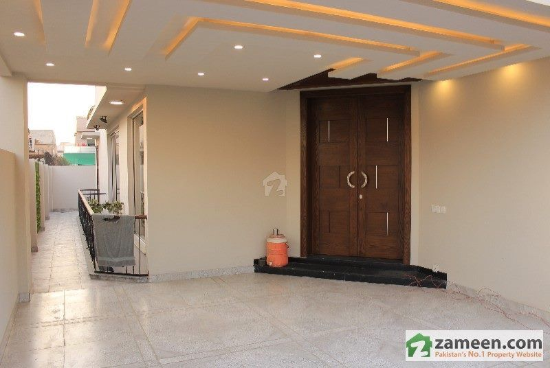 Pin By Foziatariq On Walls Ceiling Paints Design House