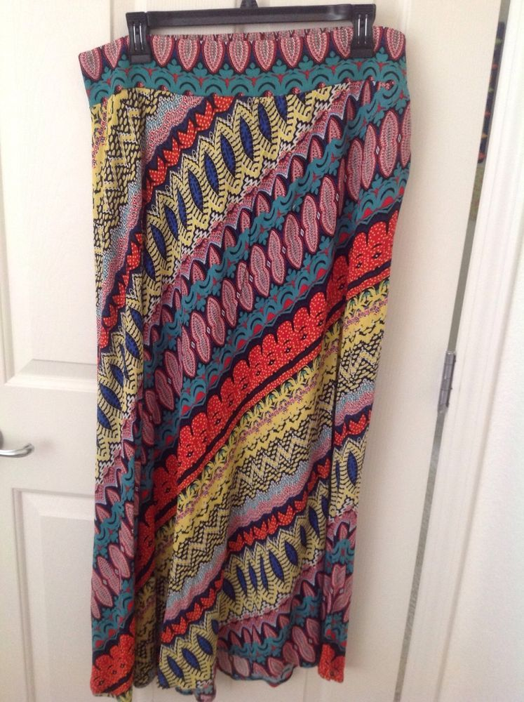 Studio Petite JPR PXL Womens Long Festive Skirt 100% Rayon MultiColorClubwearNWT #StudioPetiteJPR #Maxi