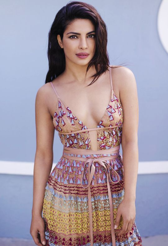 Top 25 Bollywood Actress With Best Body Figure 2020 9