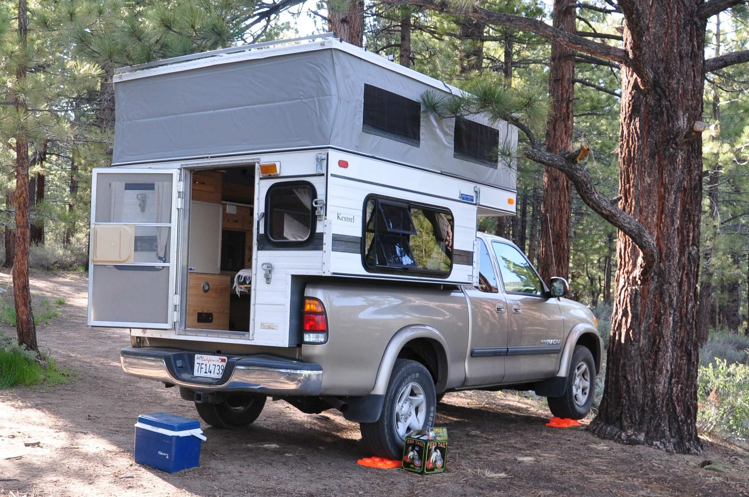 Four Wheel PopUp Campers Review Small truck camper